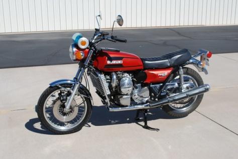 142B_1-1975-Suzuki-RE5