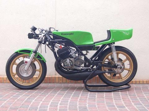 Kawasaki-H1RW-1974-FD49-11_resize