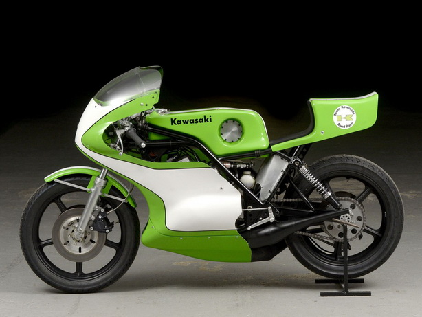 Kawasaki-H2R-Replica-1977-FF35-02-1024x768_resize
